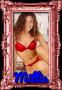 Backpage Washington DC escort poses in red lingerie.